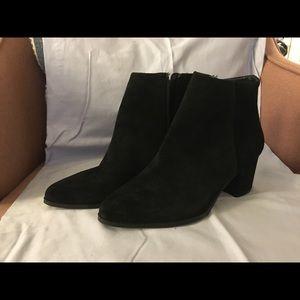 Franco Sarto Black Suede Ankle Boots 7 1/2 EUC